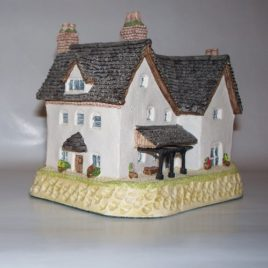 BenBow's Farmhouse $88.00 SALE $49.00