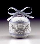 2000 Christmas Ball