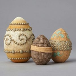 Set of 3 eggs